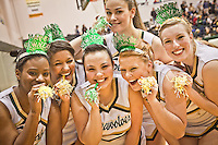 UAA Seawolf basketball cheerleaders, Anchorage