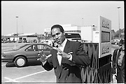 Athlete,spokesman and later - accused double murder O. J Simpson during a filming of a television ad at the Atlanta Airport. Simpson was the face of Hertz Rent a Car for many years.<br />