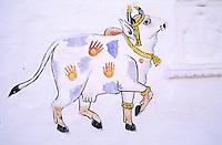 Inde, Rajasthan, Udaïpur, Peinture murale, Vache sacré