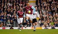 Photo: Alan Crowhurst.<br />Fulham v West Ham United. The Barclays Premiership. 23/12/2006. Bobby Zamora attacks for West Ham.