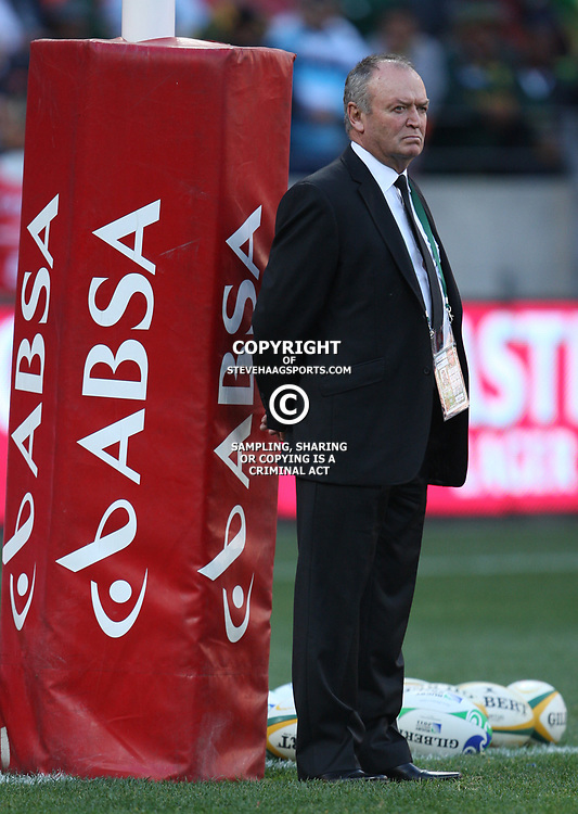 PORT ELIZABETH, SOUTH AFRICA - AUGUST 20, Graham Henry Head Coach during the Castle Lager Tri Nations match between South Africa and New Zealand from Nelson Mandela Bay Stadium on August 20, 2011 in Port Elizabeth, South Africa<br /> Photo by Steve Haag / Gallo Images