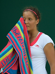 LONDON, ENGLAND - Tuesday, June 30, 2009: Laura Robson (GBR) during her Girls' Singles 2nd Round match on day eight of the Wimbledon Lawn Tennis Championships at the All England Lawn Tennis and Croquet Club. (Pic by David Rawcliffe/Propaganda)