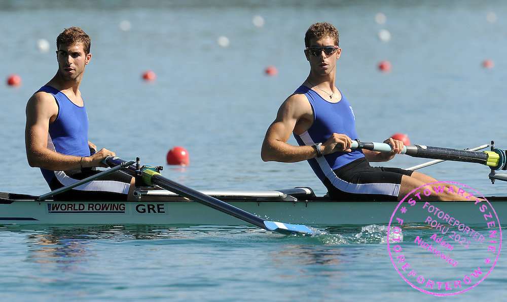 (L) APOSTOLOS GKOUNTOULAS & (R) NIKOLAOS GKOUNTOULAS (BOTH GREECE) BEFORE THE RACE AT MEN'S PAIR HEAT DURING DAY 1 FISA ROWING WORLD CUP ON ESTANY LAKE IN BANYOLES, SPAIN...BANYOLES , SPAIN , MAY 29, 2009..( PHOTO BY ADAM NURKIEWICZ / MEDIASPORT )..PICTURE ALSO AVAIBLE IN RAW OR TIFF FORMAT ON SPECIAL REQUEST.