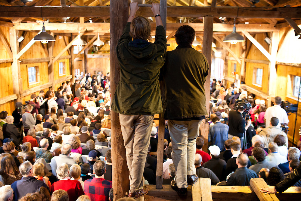 People listen from the rafters as Republican presidential candidate Rick Santorum hosts a town hall meeting at Lawrence Barn on Saturday, January 7, 2012 in Hollis, NH. Brendan Hoffman for the New York Times