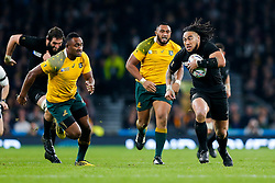 New Zealand Inside Centre Ma'a Nonu breaks clear going on to score a try to make the score 21-3 - Mandatory byline: Rogan Thomson/JMP - 07966 386802 - 31/10/2015 - RUGBY UNION - Twickenham Stadium - London, England - New Zealand v Australia - Rugby World Cup 2015 FINAL.
