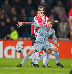 EINDHOVEN, THE NETHERLANDS - Tuesday, December 9, 2008: Liverpool's Daniel Agger in action against PSV Eindhoven during the final UEFA Champions League Group D match at the Philips Stadium. (Photo by David Rawcliffe/Propaganda)