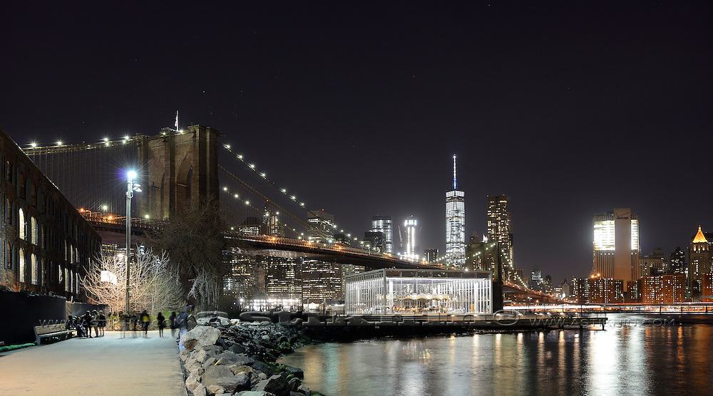 Brooklyn Bridge and Manhattan, New York.
