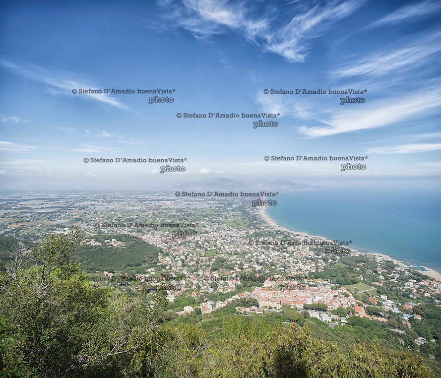 Panoramica litorale del Circeo <br />