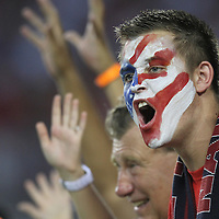 USA fans scream during a CONCACAF Gold Cup soccer match between the United States and Panama on Saturday, June 11, 2011, at Raymond James Stadium in Tampa, Fla. (AP Photo/Alex Menendez)