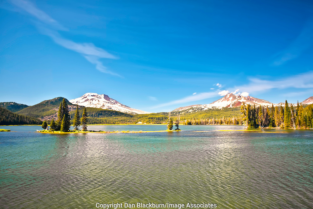 Sparks Lake in the Cascade Mountains of Oregon with South Sister and Brokentop Mountain