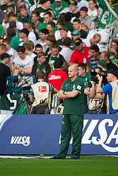 25.09.2011, Weser Stadion, Bremen, GER, 1.FBL, Werder Bremen vs Hertha BSC, im Bild.Thomas Schaaf (Trainer Werder Bremen).// during the Match GER, 1.FBL, Werder Bremen vs Hertha BSC on 2011/09/25,  Weser Stadion, Bremen, Germany..EXPA Pictures © 2011, PhotoCredit: EXPA/ nph/  Gumz       ****** out of GER / CRO  / BEL ******
