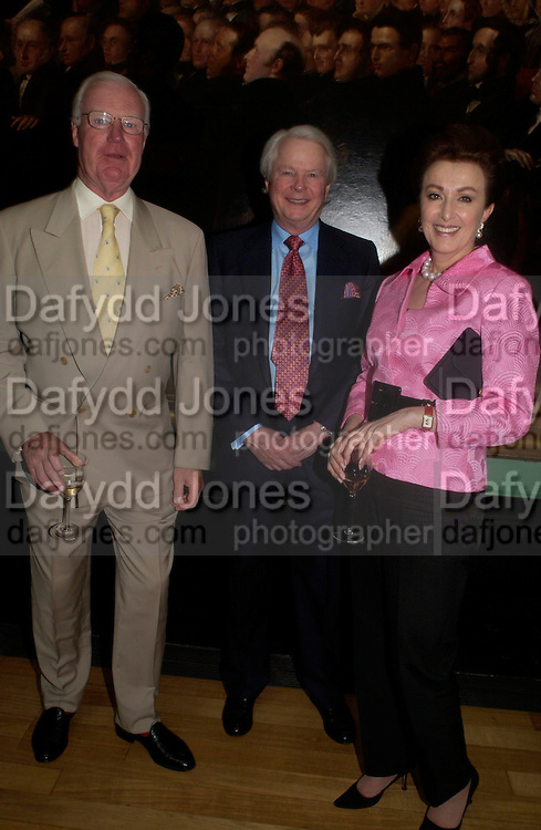 Jocelyn Stevens, Sid Bass and Mercedes Bass. Celebration of Lord Weidenfeld's 60 Years in Publishing hosted by Orion. the Weldon Galleries. National Portrait Gallery. London. 29 June 2005. ONE TIME USE ONLY - DO NOT ARCHIVE  © Copyright Photograph by Dafydd Jones 66 Stockwell Park Rd. London SW9 0DA Tel 020 7733 0108 www.dafjones.com