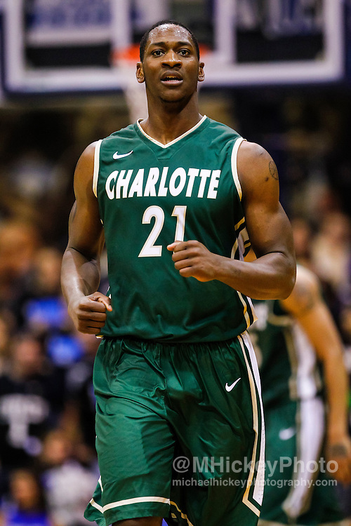 INDIANAPOLIS, IN - FEBRUARY 13: Willie Clayton #21 of the Charlotte 49ers runs up court during the game against the Butler Bulldogs at Hinkle Fieldhouse on February 13, 2013 in Indianapolis, Indiana. Charlotte defeated Butler 71-67. (Photo by Michael Hickey/Getty Images) *** Local Caption *** Willie Clayton