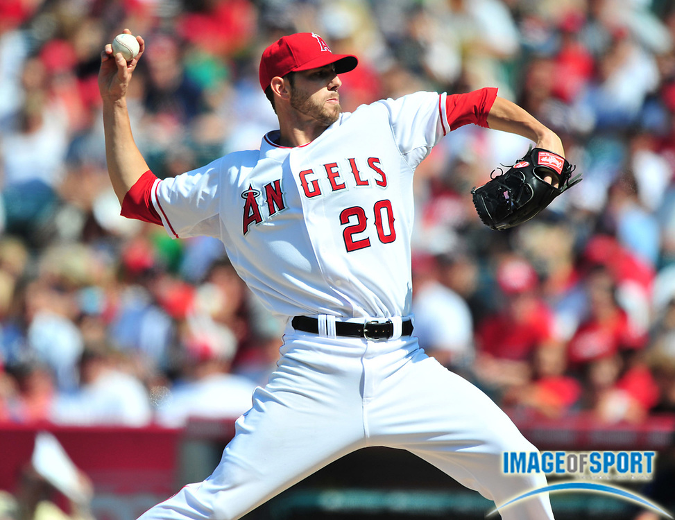 Jul 20, 2008; Los Angeles, CA, USA; Los Angeles Angels starter Jon Garland (20) pitches during 5-3 victory over the Boston Red Sox at Angel Stadium. Mandatory Credit: Kirby Lee/Image of Sport-US PRESSWIRE
