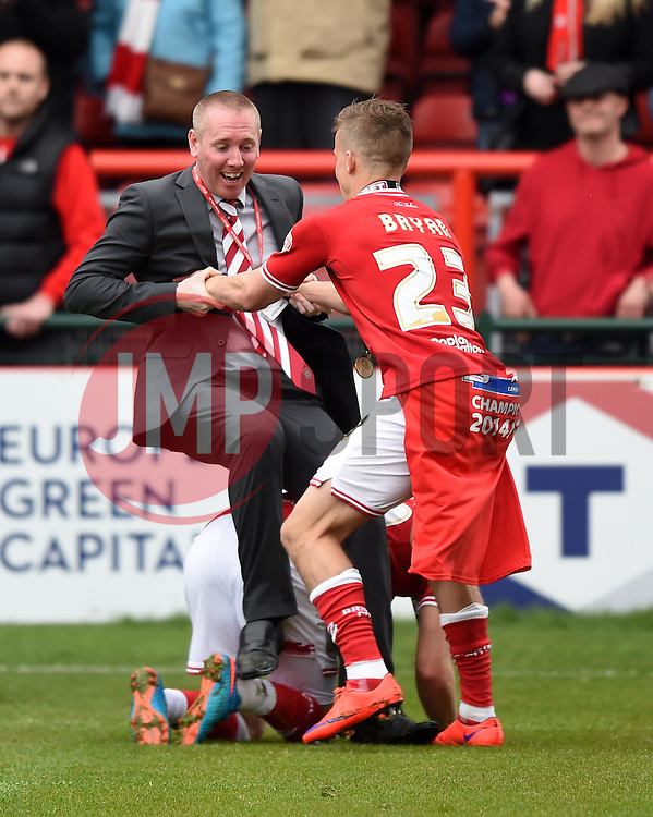 Wes Burns and Joe Bryan get the better of Bristol City media manager, Adam Baker - Photo mandatory by-line: Paul Knight/JMP - Mobile: 07966 386802 - 03/05/2015 - SPORT - Football - Bristol - Ashton Gate Stadium - Bristol City v Walsall - Sky Bet League One