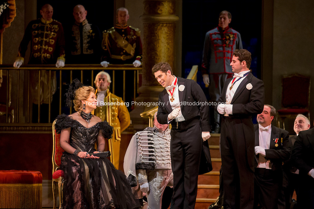 11/11/15 1:41:35 PM -- <br /> The Lyric Opera of Chicago Presents<br /> &quot;The Merry Widow&quot;<br /> Renee Fleming<br /> <br /> &copy; Todd Rosenberg Photography 2015