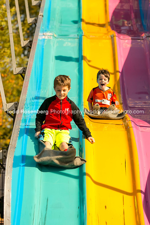 10/10/15 2:12:50 PM -- Chicago, IL, USA<br /> <br /> Lincoln Park Zoo Fall Festival <br /> <br /> . &copy; Todd Rosenberg Photography 2015