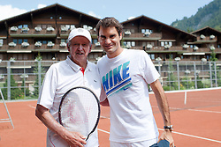 02.08.2013, Gstaad, SUI, ATP, Roy Emerson, australischer Tennisspieler, 1961 bis 1971 sehr erfolgreich, im Bild Roy Emerson mit Roger Federer // Roy Emerson an Australian tennis player, from 1961 to 1971 very successfully on 2013/08/02. EXPA Pictures © 2013, PhotoCredit: EXPA/ Freshfocus/ Valeriano Di Domenico<br /> <br /> ***** ATTENTION - for AUT, SLO, CRO, SRB, BIH only *****