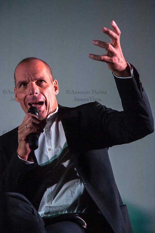 Gianīs Varoufakīs, ex ministro delle finanze greco, a Palermo per il movimento popolare europeo DiEM25.