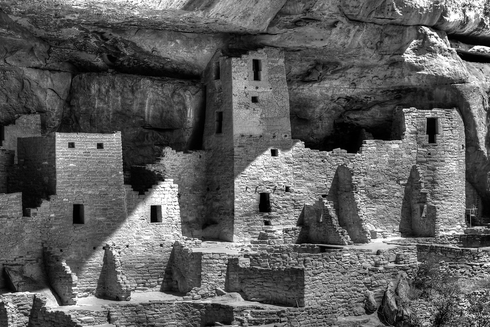 Up close at the Cliff Palace. When i was here in '94, we could go inside some of the buildings.  Not so anymore.