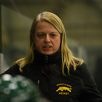Regina Cougars women's Hockey Head Coach Sarah Hodges in action during the Women's Hockey home game on December 1 at Co-operators arena. Credit: Arthur Ward/Arthur Images