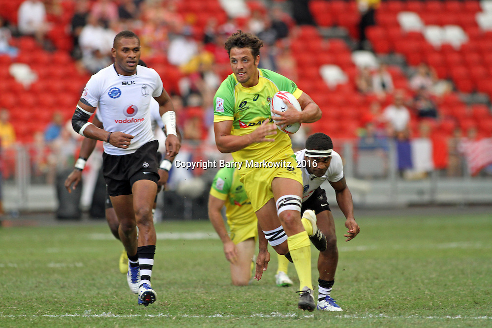 Australian Sam Figg scores a first half try in his teams loss to Fiji 14-19 in the Cup Quarter Finals at the Singapore 7's, day 2, Singapore National Stadium, Singapore.  Photo by Barry Markowitz, 4/17/16