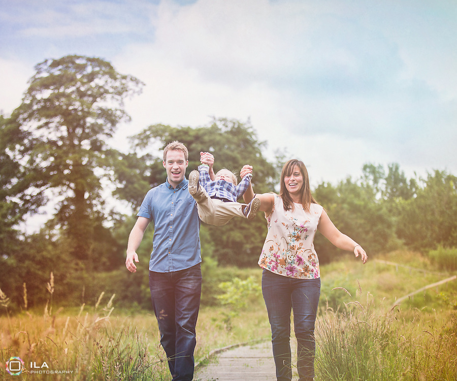 Beautiful family picture taken in Cheadle | Stockport Family Photographer