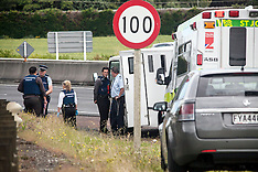 Auckland-Police and St John called to incident in prison van on motorway, Bombay