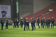 FODBOLD: FC Helsingør's spillere besigtiger banen før kampen i ALKA Superligaen mellem FC København og FC Helsingør den 12. marts 2018 i Telia Parken. Foto: Claus Birch.