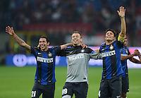 FUSSBALL INTERNATIONAL   SERIE A   SAISON  2012/2013   7. Spieltag AC Mailand  - Inter Mailand                     07.10.2011 SCHLUSSJUBEL Inter; Gargano, Antonio Cassano und Javier Zanetti (v.li.)