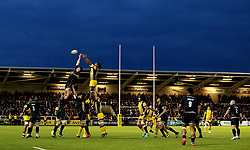 Worcester Warriors and Newcastle Falcons contest a line out - Mandatory by-line: Robbie Stephenson/JMP - 28/04/2017 - RUGBY - Kingston Park - Newcastle upon Tyne, England - Newcastle Falcons v Worcester Warriors - Aviva Premiership
