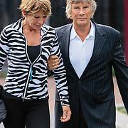 NLD/Bilthoven/20120618 - Uitvaart Will Hoebee, Martin Gaus en partner Helly