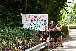 CANYON//SRAM Racing supporters on the final climb at Giro Rosa 2018 - Stage 10, a 120.3 km road race starting and finishing in Cividale del Friuli, Italy on July 15, 2018. Photo by Sean Robinson/velofocus.com