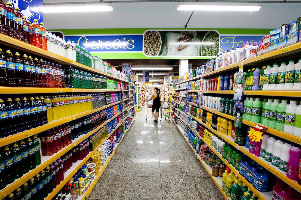Belo Horizonte_MG, Brasil...Rede de Supermercados BH em Belo Horizonte, Minas Gerais...Supermarket BH in Belo Horizonte, Minas Gerais...Foto: LEO DRUMOND / NITRO