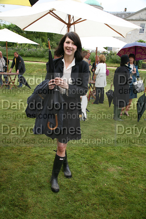 KATIE TURNER, Cartier Style et Luxe lunch. Goodwood.  24 June 2007.  -DO NOT ARCHIVE-© Copyright Photograph by Dafydd Jones. 248 Clapham Rd. London SW9 0PZ. Tel 0207 820 0771. www.dafjones.com.