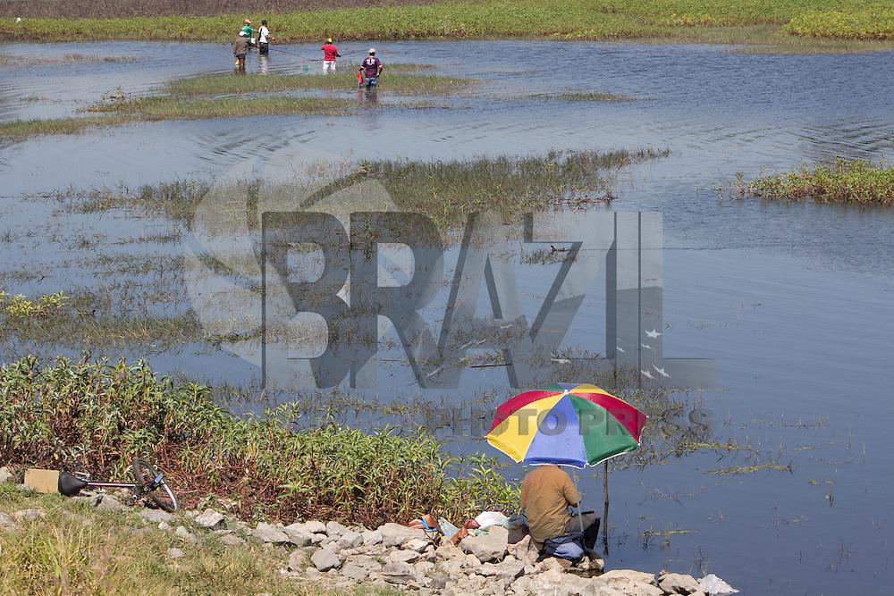 SAO PAULO, SP - 31.08.2015 - ABASTECIMENTO SP - Vista da Represa do Guarapiranga na região do Socorro, zona sul de São Paulo nesta segunda-feira, 31. O sistema apresenta 67,9% de sua capacidade de armazenamento, diante os 15,,6% do sist. Cantareira, ambos apresentando consecutivas quedas. (Foto: Fabricio Bomjardim / Brazil Photo Press)