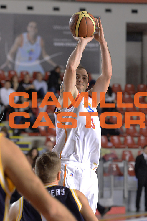 DESCRIZIONE : Campionato 2013/14 Acea Virtus Roma - Sutor Montegranaro<br /> GIOCATORE : Szymon Szewczyk<br /> CATEGORIA : Tiro Tre Punti<br /> SQUADRA : Acea Virtus Roma<br /> EVENTO : LegaBasket Serie A Beko 2013/2014<br /> GARA : Acea Virtus Roma - Sutor Montegranaro<br /> DATA : 18/01/2014<br /> SPORT : Pallacanestro <br /> AUTORE : Agenzia Ciamillo-Castoria / GiulioCiamillo<br /> Galleria : LegaBasket Serie A Beko 2013/2014<br /> Fotonotizia : Campionato 2013/14 Acea Virtus Roma - Sutor Montegranaro<br /> Predefinita :
