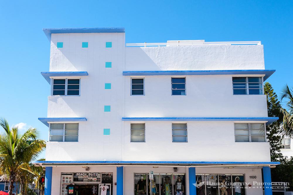 US, Florida, Miami Beach. Art Deco, 1100 Collins Ave.