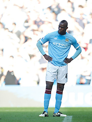 01.05.2011, City of Manchester Stadium, Manchester, ENG, PL, Manchester City FC vs West Ham United FC, im Bild Manchester City's Mario Balotelli looks dejected after missing an easy chance against West Ham United during the Premiership match at the City of Manchester Stadium, EXPA Pictures © 2011, PhotoCredit: EXPA/ Propaganda/ D. Rawcliffe *** ATTENTION *** UK OUT!