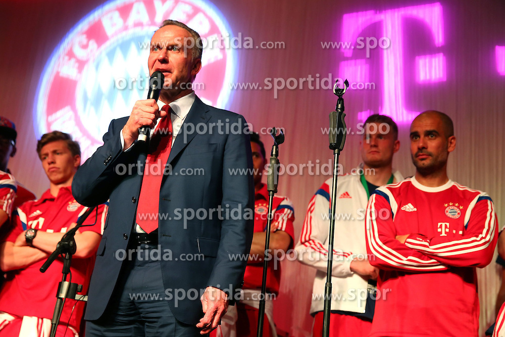 17.05.2014, T Com, Berlin, GER, DFB Pokal, Bayern Muenchen Pokalfeier, im Bild Karl-Heinz Rummenigge, CEO of Bayern Muenchen speaks to the guests Karl-Heinz Rummenigge, // during the FC Bayern Munich &quot;DFB Pokal&quot; Championsparty at the T Com in Berlin, Germany on 2014/05/17. EXPA Pictures &copy; 2014, PhotoCredit: EXPA/ Eibner-Pressefoto/ EIBNER<br /> <br /> *****ATTENTION - OUT of GER*****