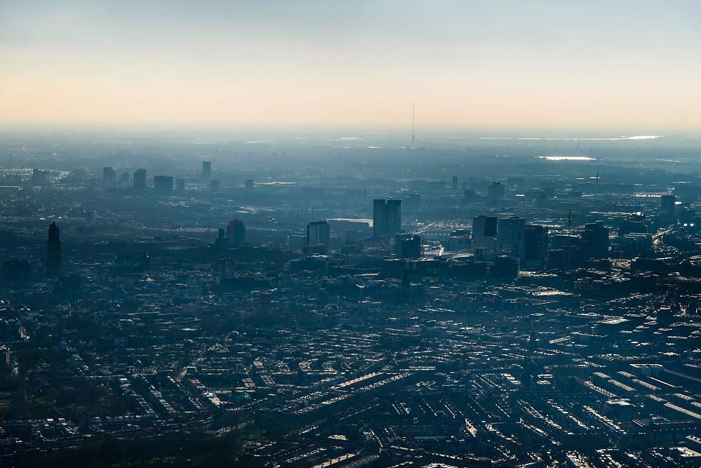 Nederland, Utrecht, Utrecht, 07-02-2018;<br /> Binnenstad van Utrecht met skyline vanuit het Oosten.<br /> Downtown Utrecht with skyline from the East.<br /> luchtfoto (toeslag op standard tarieven);<br /> aerial photo (additional fee required);<br /> copyright foto/photo Siebe Swart