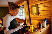 In Peninsula, Californie, traint het HPT als voorbereiding voor de recordpogingen. Het Human Power Team Delft en Amsterdam, dat bestaat uit studenten van de TU Delft en de VU Amsterdam, is in Amerika om tijdens de World Human Powered Speed Challenge in Nevada een poging te doen het wereldrecord snelfietsen voor vrouwen te verbreken met de VeloX 9, een gestroomlijnde ligfiets. Het record is met 121,81 km/h sinds 2010 in handen van de Francaise Barbara Buatois. De Canadees Todd Reichert is de snelste man met 144,17 km/h sinds 2016.<br /> <br /> With the VeloX 9, a special recumbent bike, the Human Power Team Delft and Amsterdam, consisting of students of the TU Delft and the VU Amsterdam, wants to set a new woman's world record cycling in September at the World Human Powered Speed Challenge in Nevada. The current speed record is 121,81 km/h, set in 2010 by Barbara Buatois. The fastest man is Todd Reichert with 144,17 km/h.
