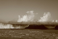 Feb. 17, 2006; Waimea, Oahu, HI - Waves break at Waimea Bay on the north shore of Oahu...Photo Credit: Darrell Miho.© Darrell Miho