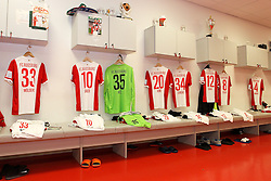 08.11.2014, SGL Arena, Augsburg, GER, 1. FBL, FC Augsburg vs SC Paderborn 07, 11. Runde, im Bild Kabine, FC Augsburg, Trikot, l-r: Sascha Moelders #33 (FC Augsburg), Daniel Baier #10 (FC Augsburg), Marwin Hitz #35 (FC Augsburg), Jeong-Ho Hong #20 (FC Augsburg), Nikola Djurdjic #34 (FC Augsburg), Abdul Rahman Baba #12 (FC Augsburg), Markus Feulner #8 (FC Augsburg), Dominik Reinhardt #4 (FC Augsburg) // during the German Bundesliga 11th round match between FC Augsburg and SC Paderborn 07 at the SGL Arena in Augsburg, Germany on 2014/11/08. EXPA Pictures © 2014, PhotoCredit: EXPA/ Eibner-Pressefoto/ Kolbert<br /> <br /> *****ATTENTION - OUT of GER*****