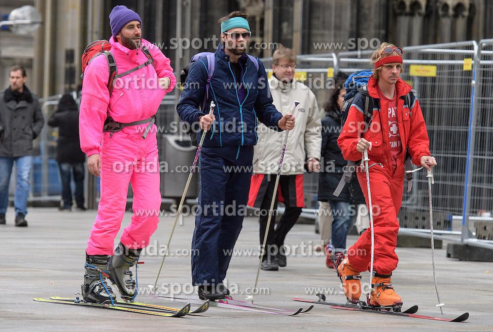 23.02.2017, Koeln, GER, Karneval, Weiberfastnacht, im Bild Als Skifahrer verkleidete Karnevalisten // during Women's Night of Cologne Carnival 2017. Koeln, Germany on 2017/02/23. EXPA Pictures © 2017, PhotoCredit: EXPA/ Eibner-Pressefoto/ Schueler<br /> <br /> *****ATTENTION - OUT of GER*****