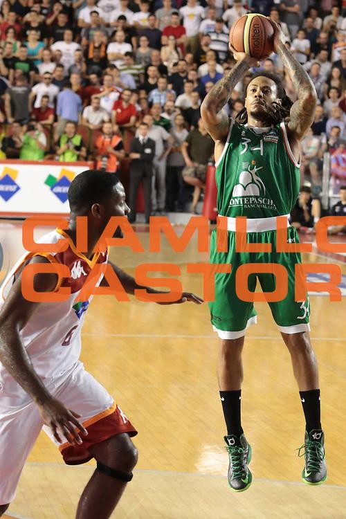 DESCRIZIONE : Roma Lega A 2012-2013 Acea Roma Montepaschi Siena finale gara 2<br /> GIOCATORE : David Moss<br /> CATEGORIA : tiro<br /> SQUADRA : Montepaschi Siena<br /> EVENTO : Campionato Lega A 2012-2013 playoff finale gara 2<br /> GARA : Acea Roma Montepaschi Siena<br /> DATA : 13/06/2013<br /> SPORT : Pallacanestro <br /> AUTORE : Agenzia Ciamillo-Castoria/M.Simoni<br /> Galleria : Lega Basket A 2012-2013  <br /> Fotonotizia : Roma Lega A 2012-2013 Acea Roma Montepaschi Siena playoff finale gara 2<br /> Predefinita :