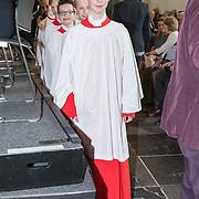 NLD/Naarden/20190419 - Matthaus-Passion in de grote kerk van Naarden, Koor knaapjes