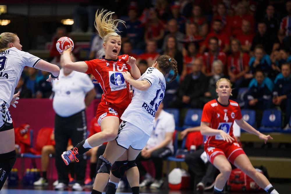 Frederikshavn, Danmark:<br /> IHF VM  H&aring;ndbold for kvinder Danmark 2015 Norge- Rusland,Stine Oftedal<br /> Fotograf: Morten Olsen<br /> <br /> Frederikshavn, Denmark:<br /> Norway - Russia<br /> IHF Women&acute;s Handball World Championship Denmark 2015,Stine Oftedal<br /> <br /> Photographer: Morten Olsen