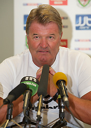 PODGORICA, MONTENEGRO - Thursday, September 2, 2010: Wales' manager John Toshack MBE during a press conference at the Hotel Podgorica ahead of the UEFA Euro 2012 Qualifying Group 4 match against Montenegro. (Pic by David Rawcliffe/Propaganda)