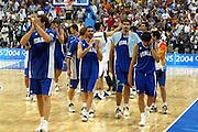 ATENE, 28 AGOSTO 2004<br /> OLIMPIADI ATENE 2004<br /> BASKET FINALE<br /> ITALIA - ARGENTINA<br /> NELLA FOTO: DELUSIONE TEAM ITALIA MATTEO SORAGNA ROBERTO CHIACIG<br /> FOTO CIAMILLO